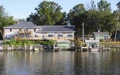 Wheelers Resort Waterfront