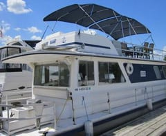 Rugged River Resort Houseboat